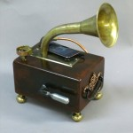 gramophone-player